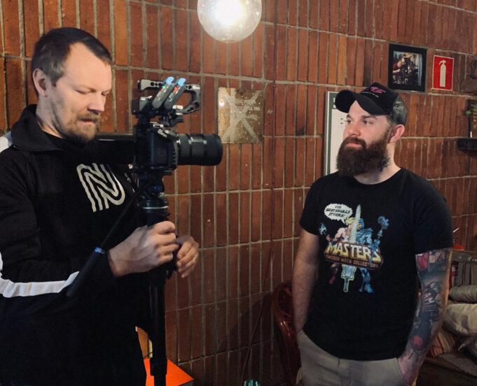 SMOCS Andreas Laggar blir intervjuad av Nostalgi&Nördkultur under biovisningen av Masters of the Universe i Blackeberg februari 2020
